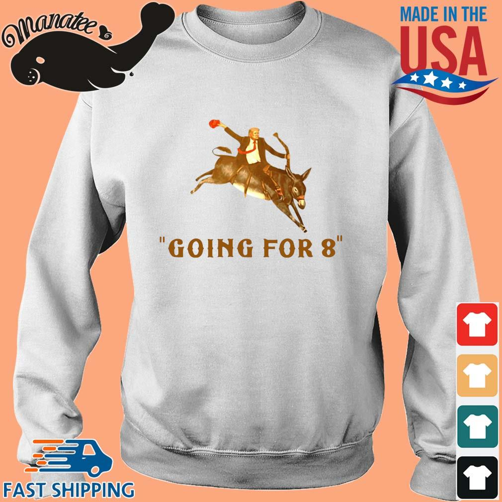 Donald Trump ridding donkey going for 8 s Sweater trang